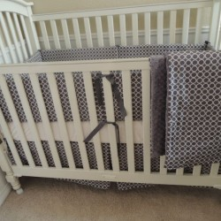 Orbs Gray Baby Bedding Set