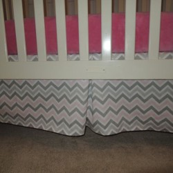 Zoom Bella Crib Skirt